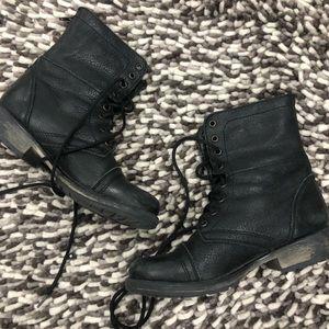 Steve Madden Fame boots